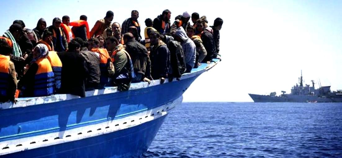 """""""Emergenza sbarchi? Giurisdizione europea comune e si distinguano i profughi dai migranti economici"""""""