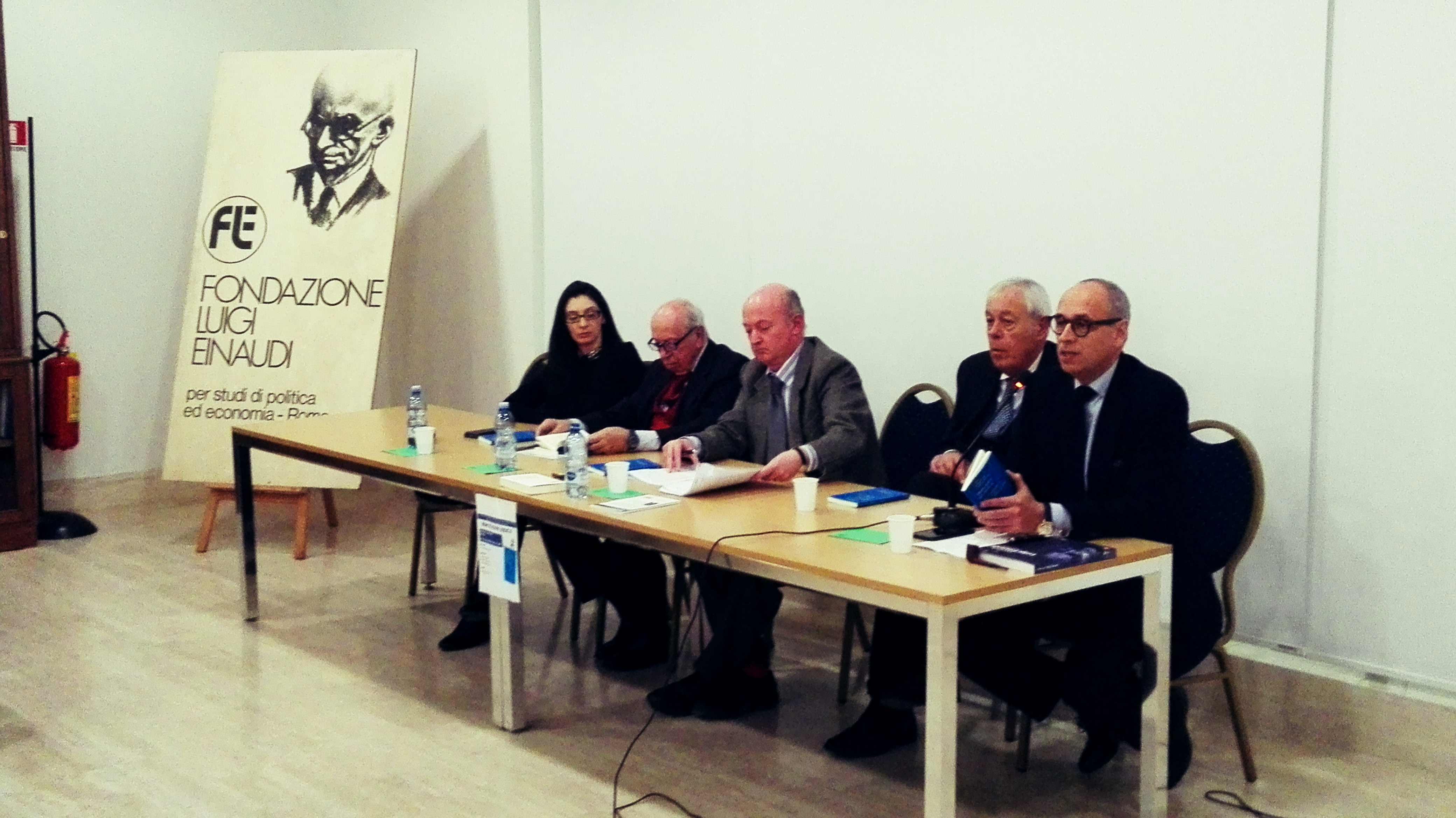 "Presentation of the book ""Less State more Society"""