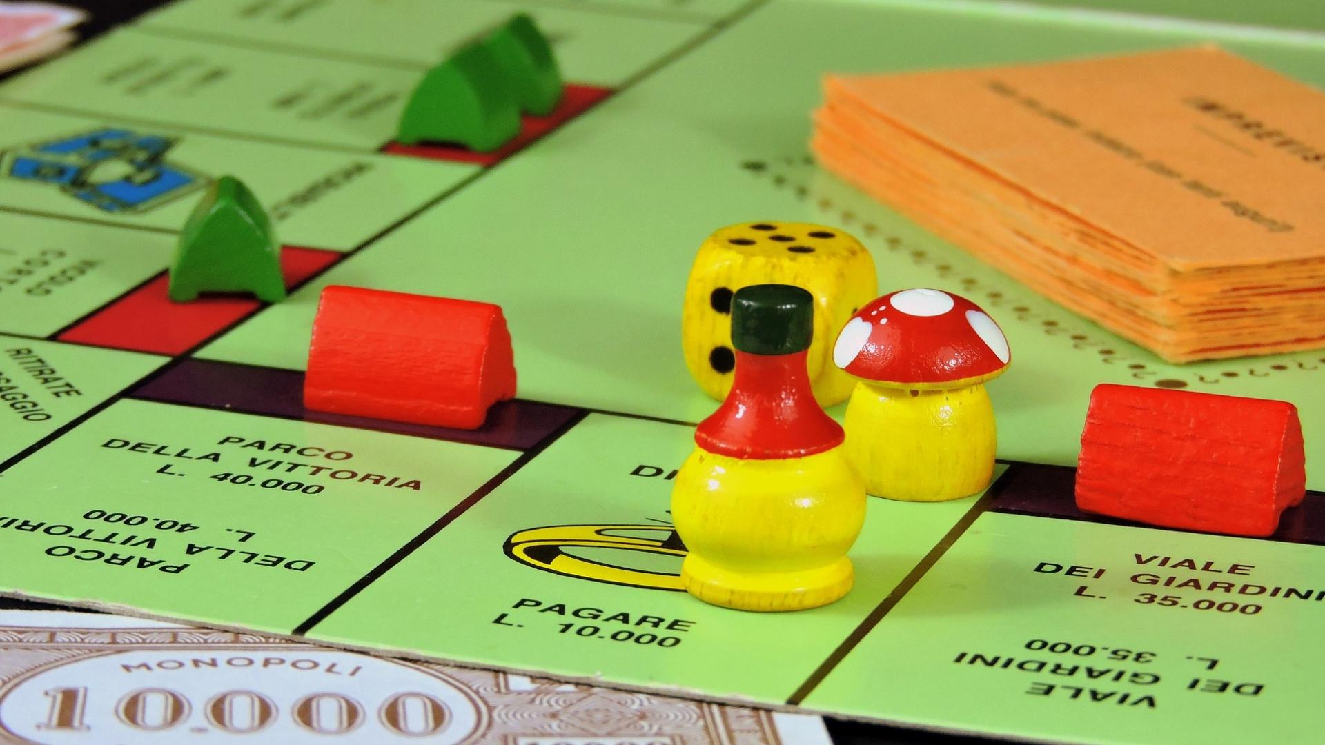 Monopoli cambia, addio al capitalismo e a Parco della Vittoria