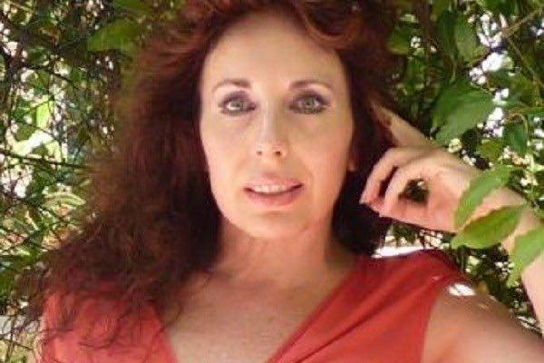 Elena Vigliano 's Author avatar