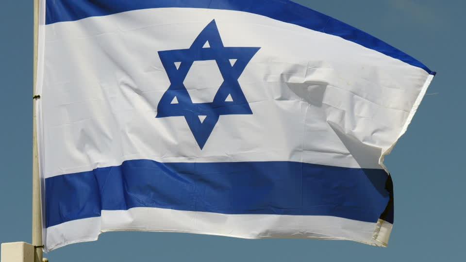 Le bandiere israeliane e il silenzio dei loquaci