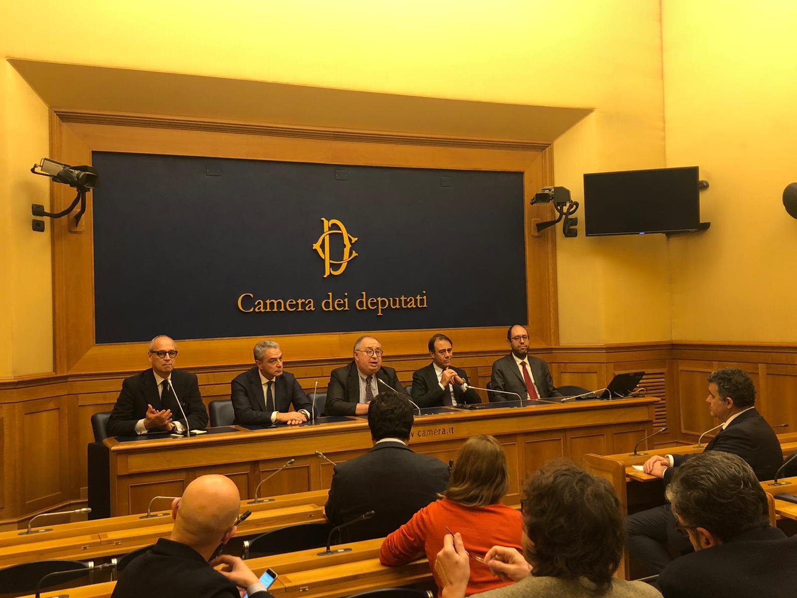 Riduzione parlamentari: conferenza stampa della Fondazione Luigi Einaudi
