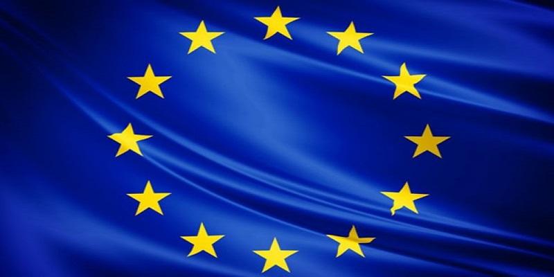 Recovery Fund, il piano del governo: innovazione e scuola coi fondi Ue. Si rischia un 10% in più di debito/Pil