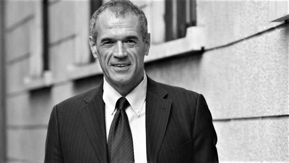 Carlo Cottarelli: Debito pubblico, macigno per l'Italia fra tre anni 100 punti più dei tedeschi