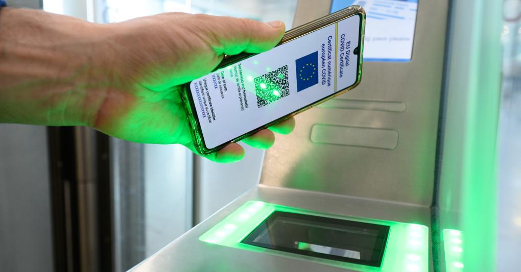 Green pass, come funziona negli altri paesi europei la certificazione verde